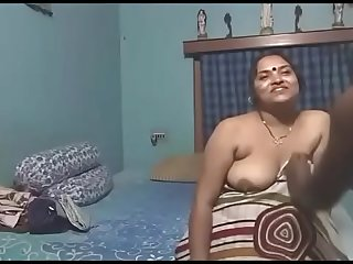Tamil Village Mother in lw HomeMade sex video