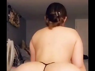 Indian girl twerking fatass in Thong