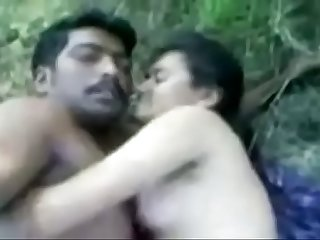Indian Beautifull Girl Fucking in Jungle with Boyfriend Sex Video