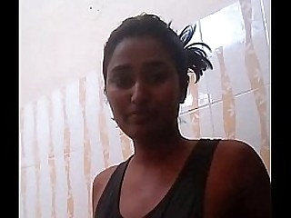 Swathi Naidu Hot Telugu Babe Taking Shower - DesiPapa.com