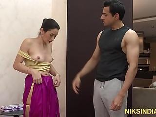Desi dude with big dick fucks Indian Bhabhi asshole