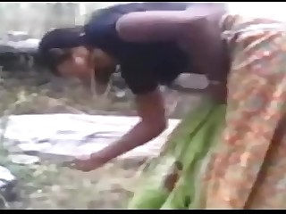 DESI INDIAN VILLAGE CHEATING GIRL FUCKING BROTHER FRIEND FUCK OUTDORR