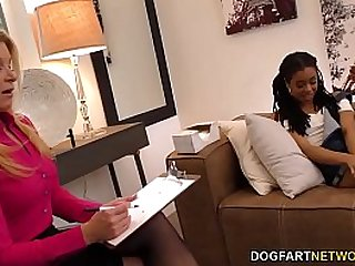 Lesbian MILF India Summer And Petite Ebony Kira Noir Please Each Other